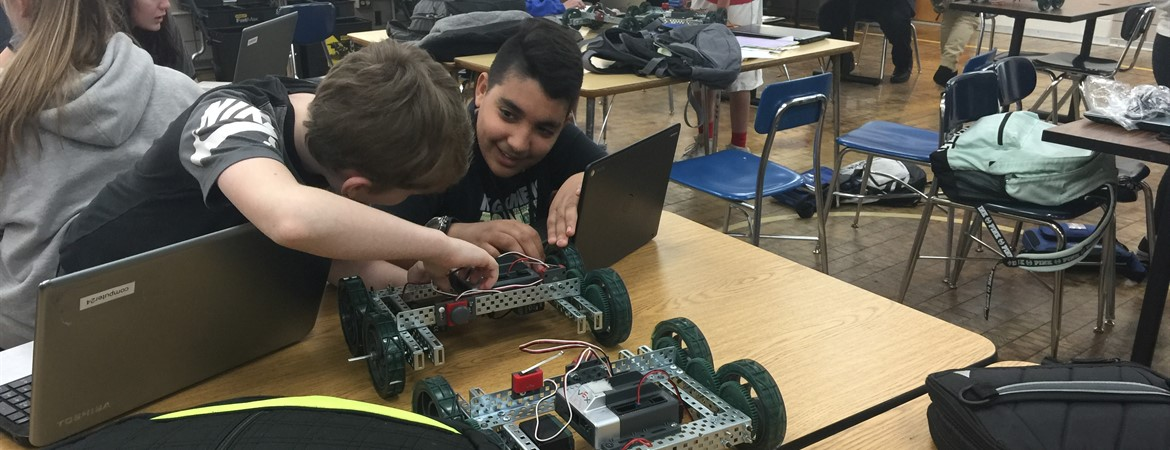 Robotics in KMS Project Lead the Way