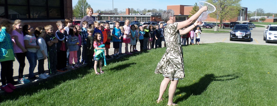 IR Kindergarten Students Butterfly Release